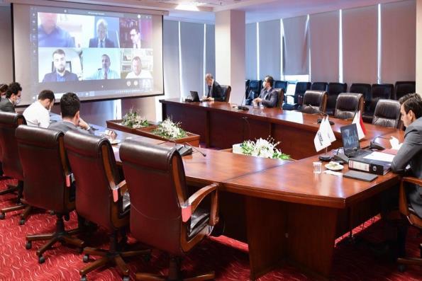 Türkiye Mezunu İş İnsanları ve Uluslararası İş Konseyi Temsilcilerinden Ekonomik Değerlendirme Toplantısı