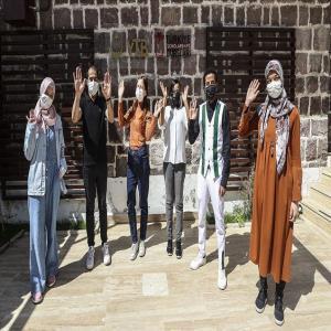 Türkiye Bursları Öğrencileri Ülkelerindeki Ramazan Geleneklerini Anlattı